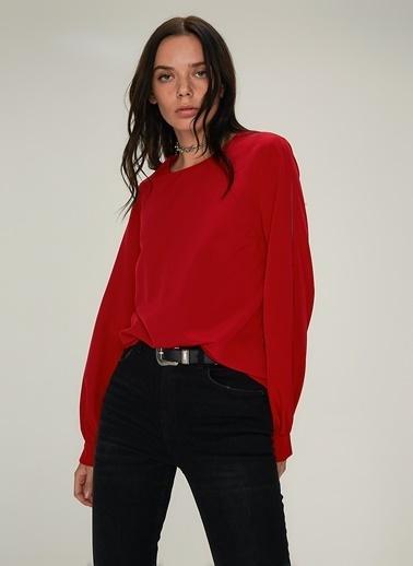 NGSTYLE Omuz Dekolteli Bluz Kırmızı